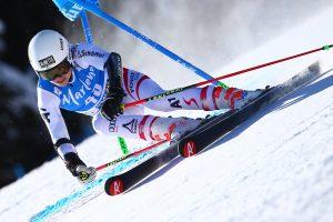 Bild zeigt ÖSV Skifahrerin Julia Scheib bei ihrem Weltcup-Debüt in Kronplatz.