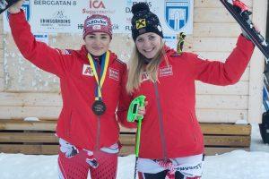 Das Bild zeigt ÖSV-Skirennfahrerin Julia Scheib in Jubelpose. nach ihrem ersten Weltcupsieg.